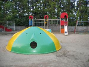 公園で見つけた遊具.jpg