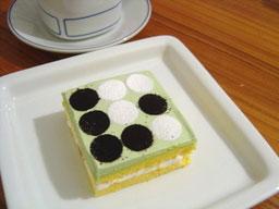 オセロ・ケーキ.jpg